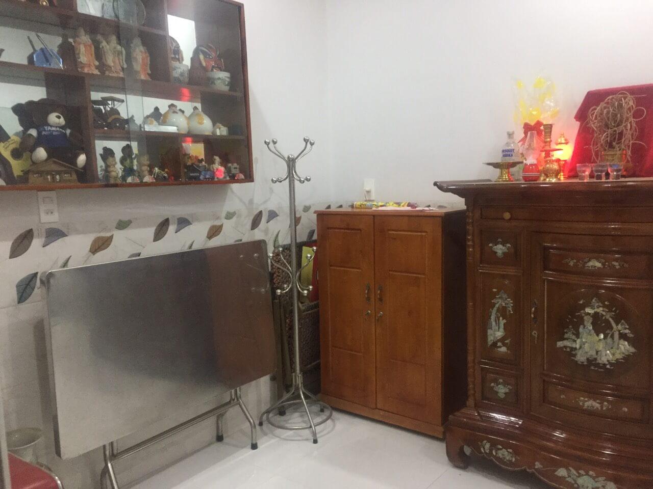 Phòng Thờ nhà đường hùng vương